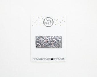 Silver glitter snap clip