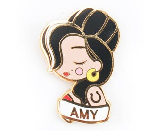 Amy Winehouse Pin / Brooch