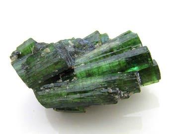 44ct CHATOYANT Green Tourmaline Crystal - Cat's Eye Tourmaline - Jewelry Supply Wire Wrapping Natural Gemstone