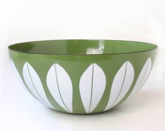 "Cathrineholm Lotus Bowl 9.5"" Green Lotus Mid-Century Modern Enamel"