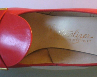 Vintage Naturalizer Candy Apple Red Shoes Size 8.5