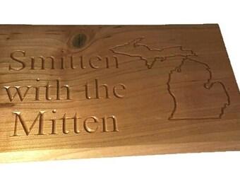 Smitten with the Mitten Decorative Wood Plaque