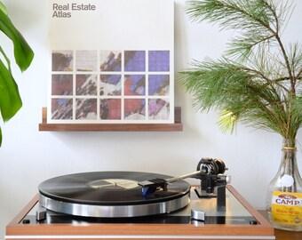 "American Walnut Record Display / Now Spinning / Vinyl Shelf / Wall Hanging / Handmade / Lacewood / ""La tablillita"""
