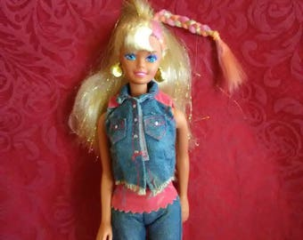 Vintage 1966 Mattel Barbie in her 70' s fashion outfit