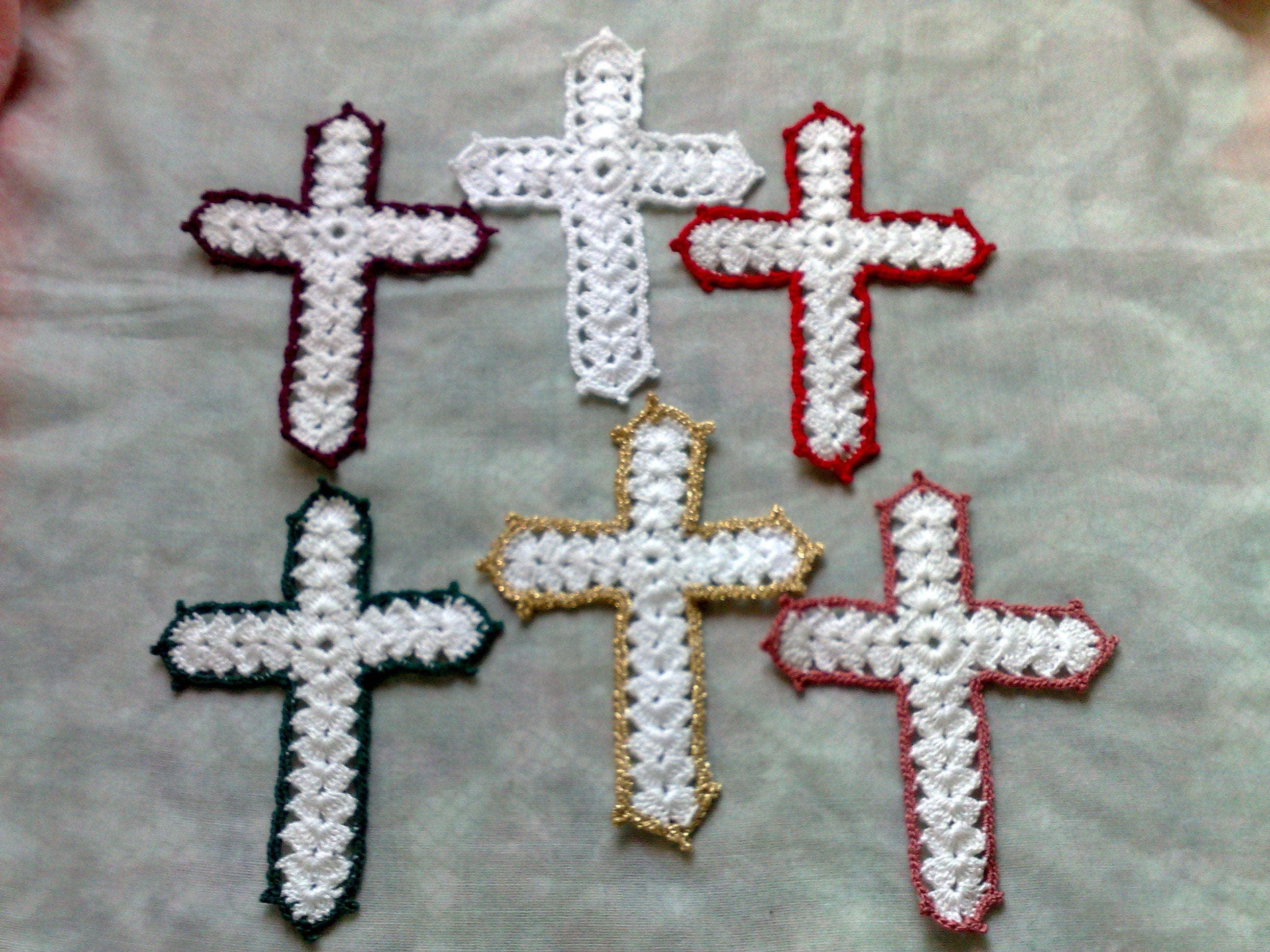 Weißes gehäkeltes Kreuz Bibel Zubehör christliches Zeichen