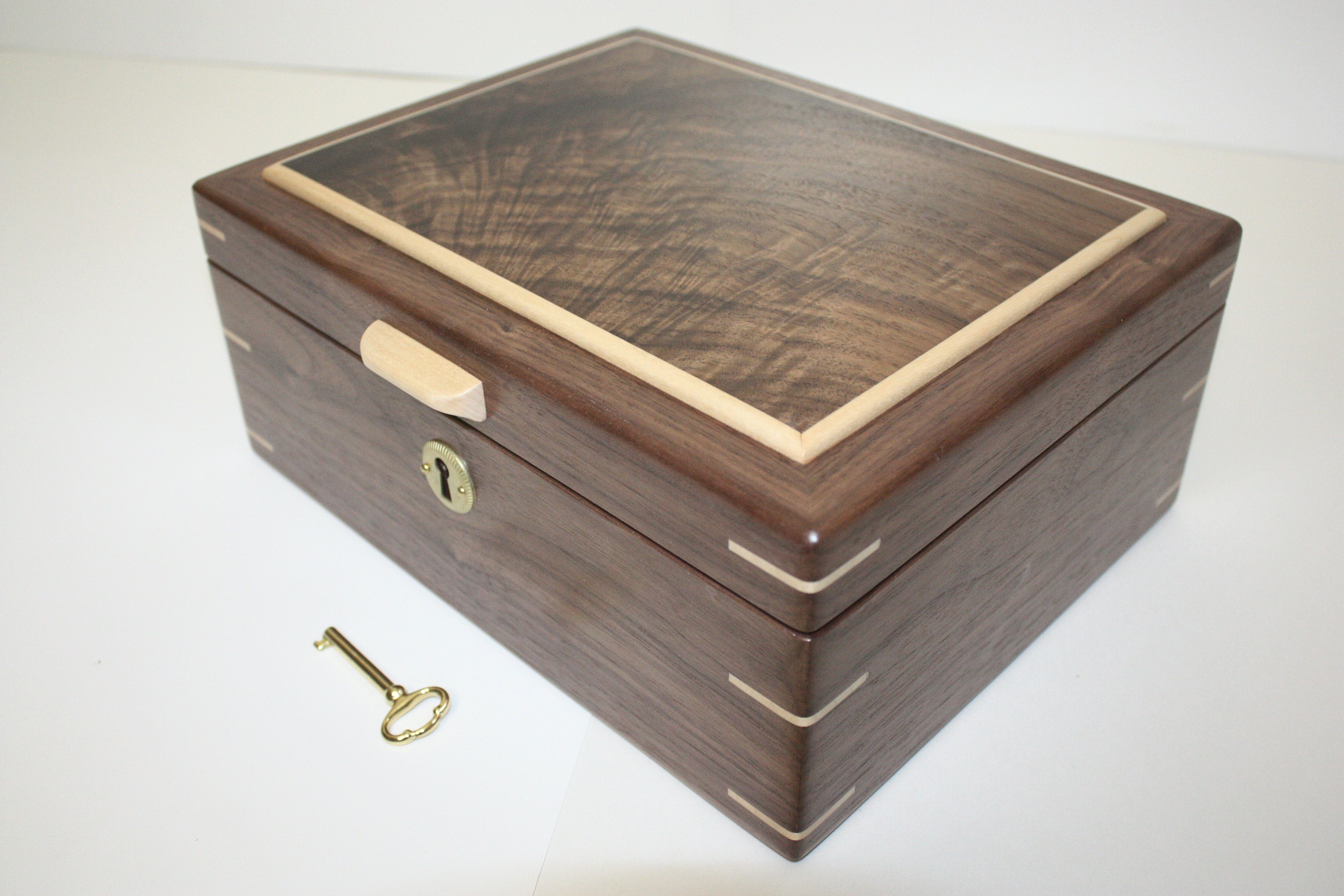 Locking wooden box
