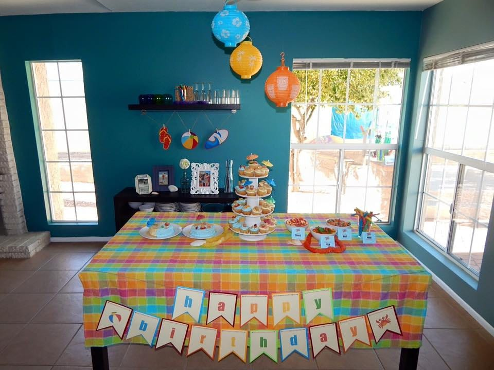 beach dessert table