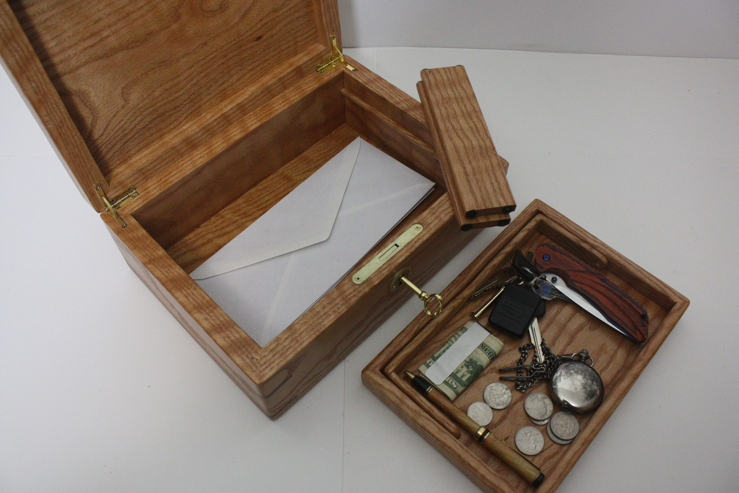 Oak Mans Valet Box