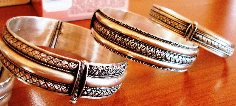 Bracelets - Vol 1