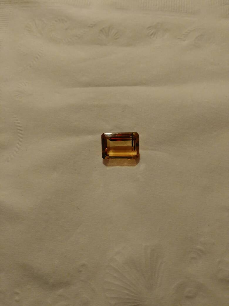 2.5ct emerald cut citrine