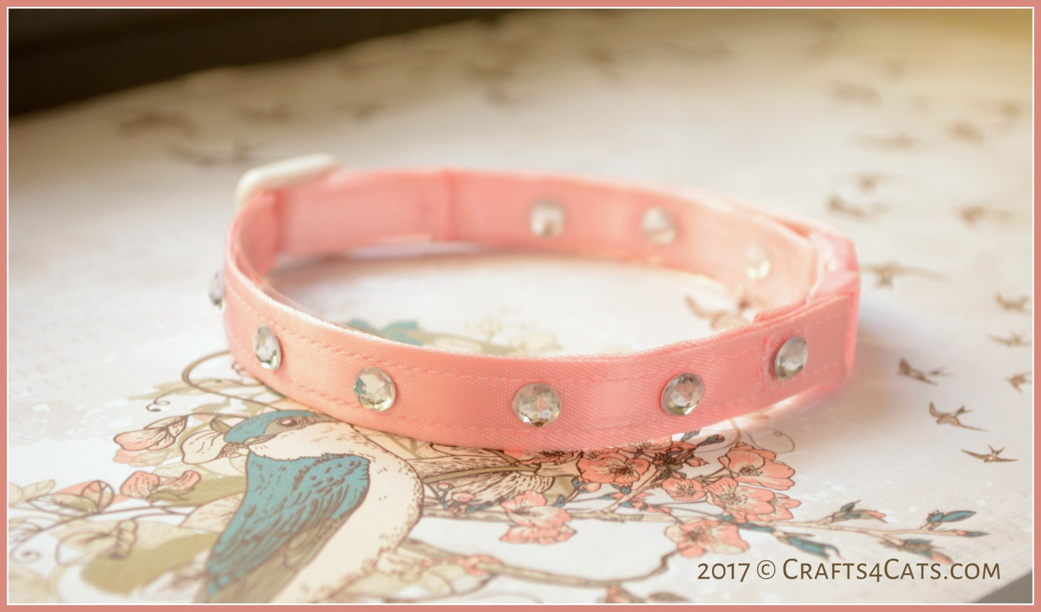 Fancy cat collar - Satin pink with rhinestones.