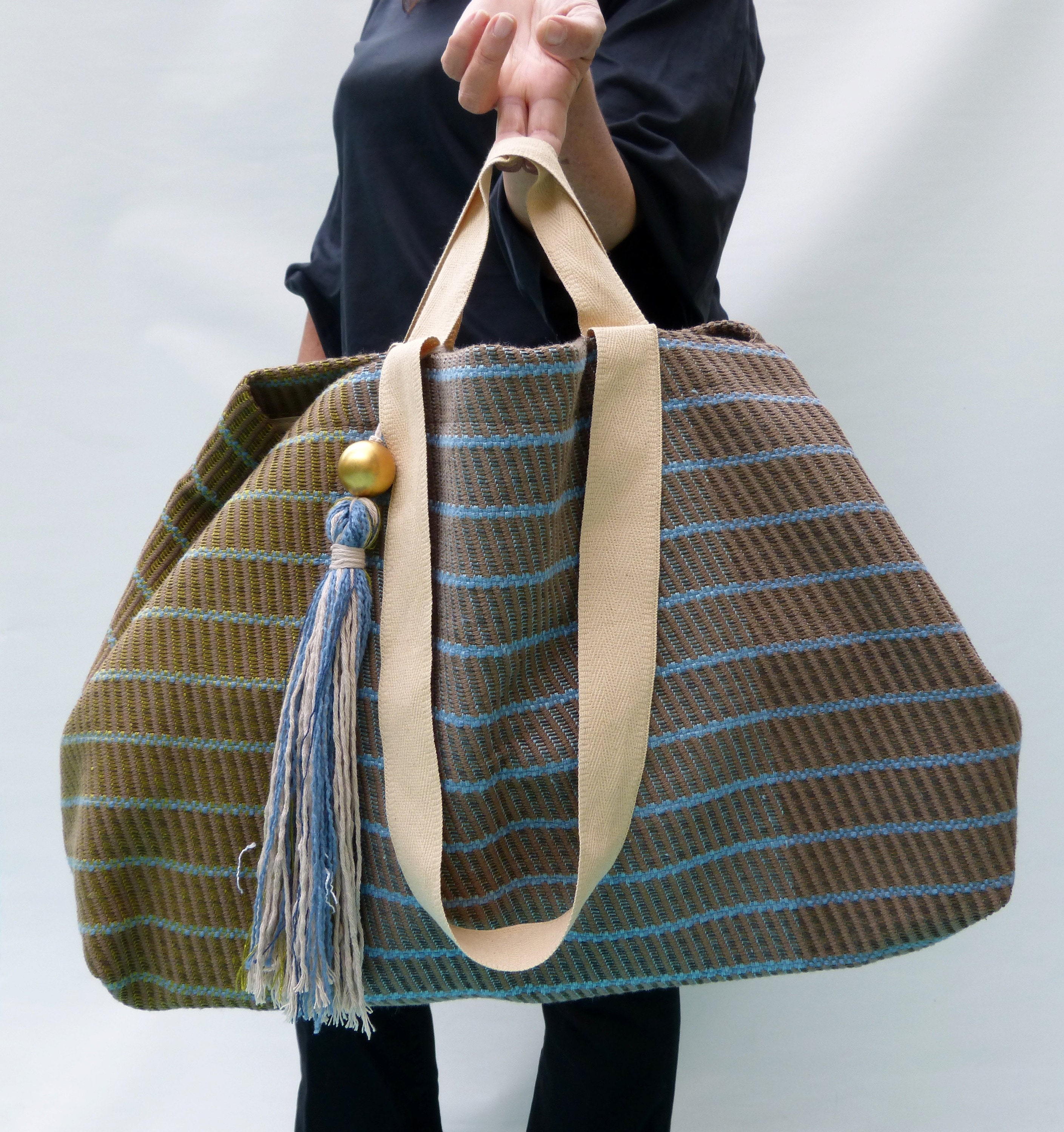 https://www.vquadroitaly.com/listing/209709825/every-day-carry-beach-bag-oversized