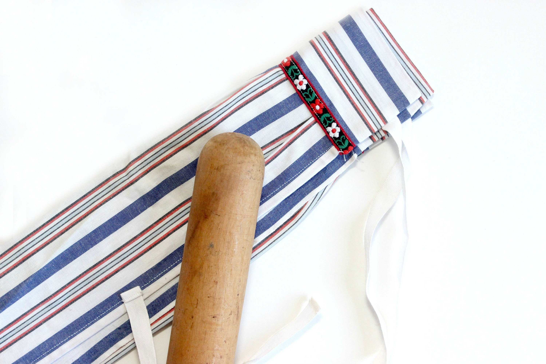 vintage childs apron mendez manor