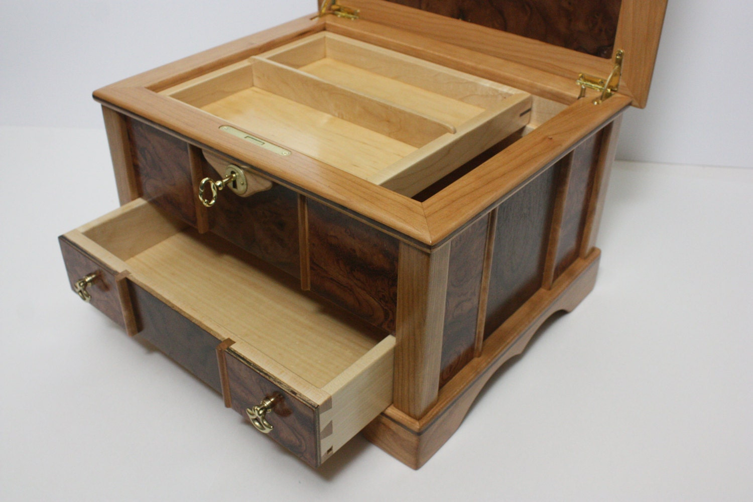 Large Locking Box with Lift Out Tray and Drawer