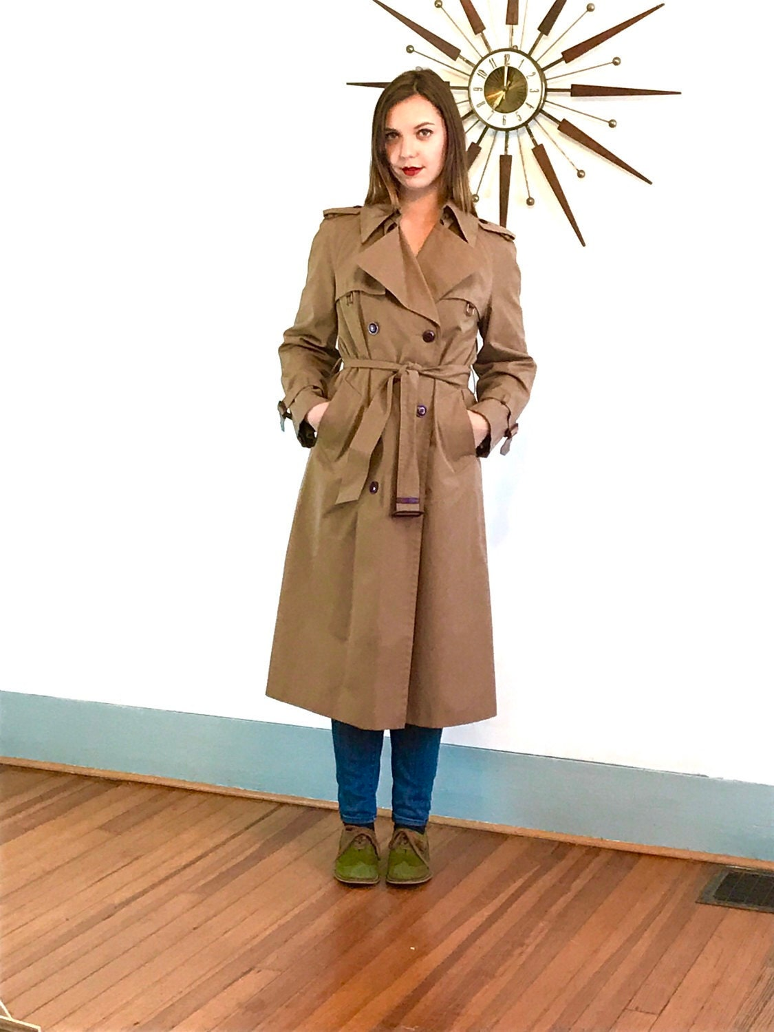 https://www.etsy.com/listing/516329199/vintage-70s-etiene-aigner-trench-coat?ref=shop_home_active_4