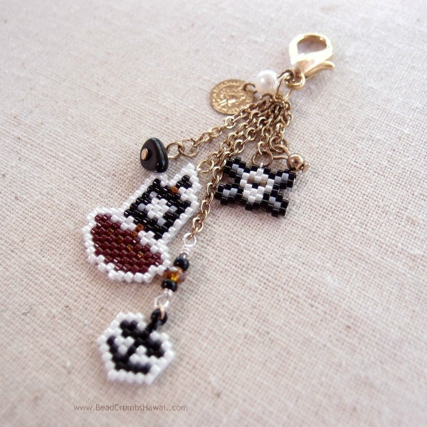 Make your own beaded charms with patterns by Bead Crumbs!