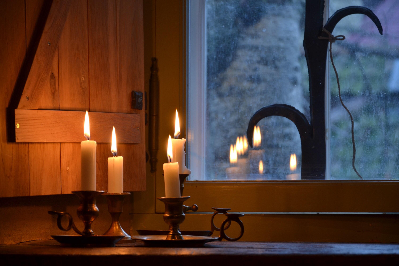 candles lights evening