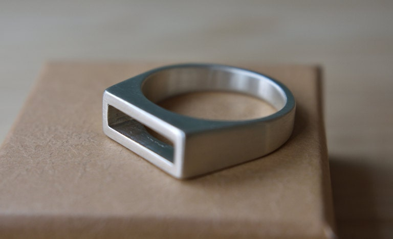 Mens Modernist Ring