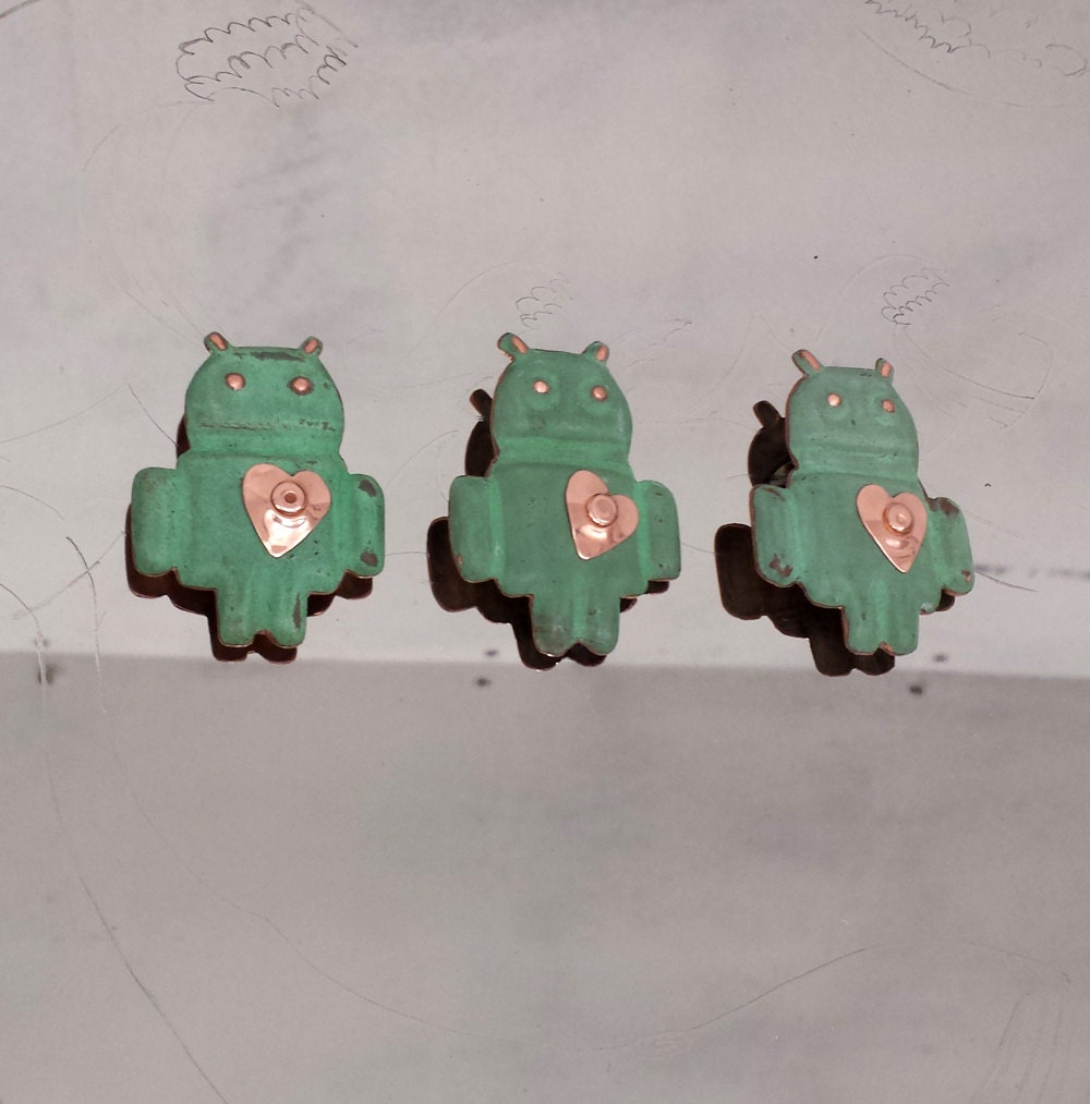 Valentines Gift for Geeks - Android brooch in Copper