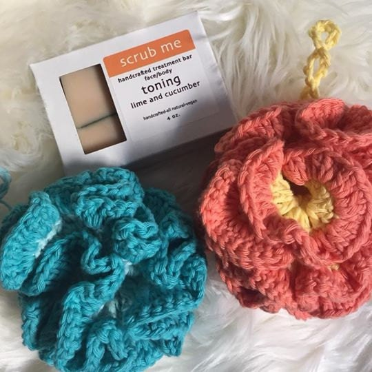 Sundae Crochet Co Bath Pouf