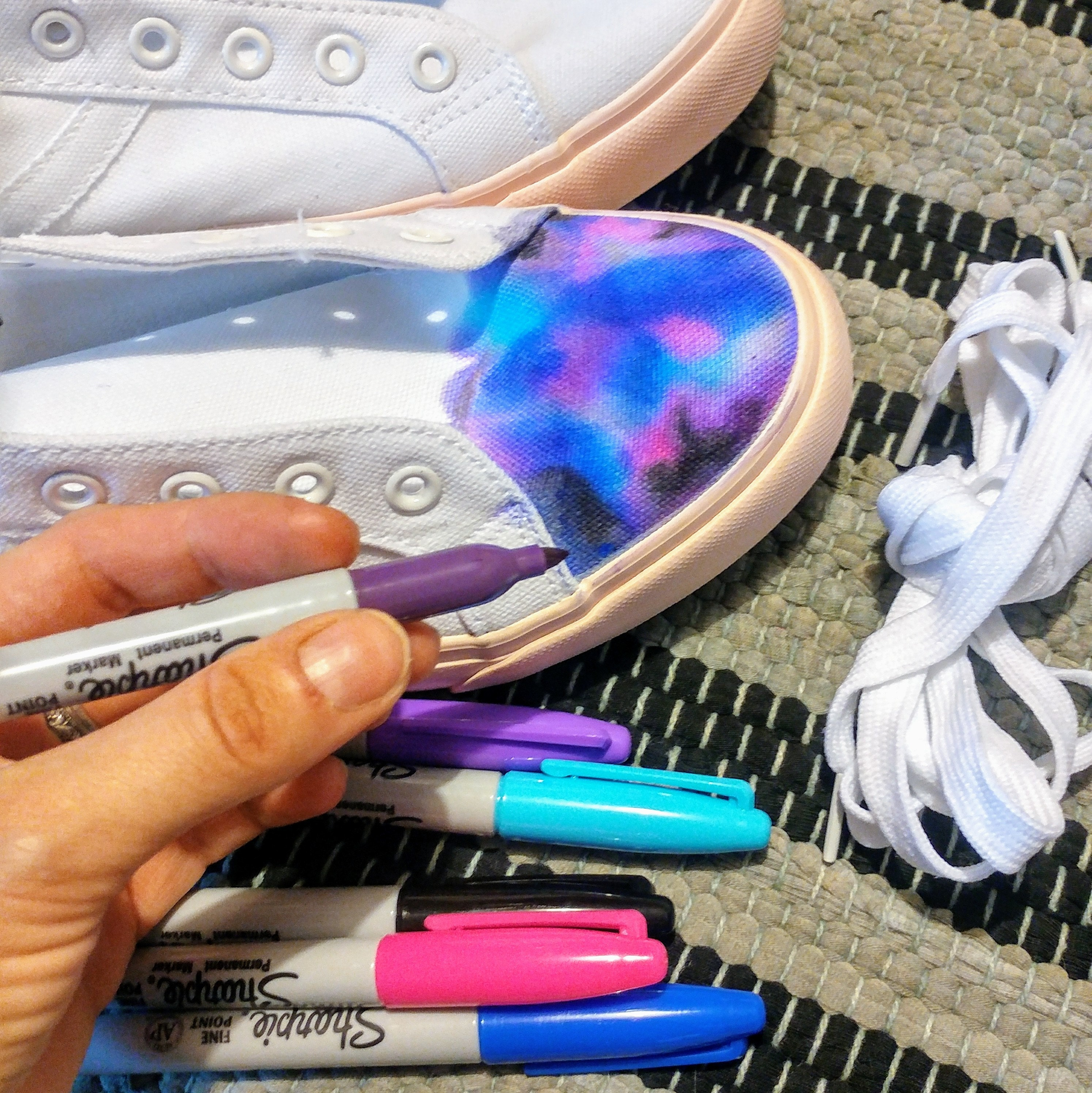Colouring trainers with sharpies