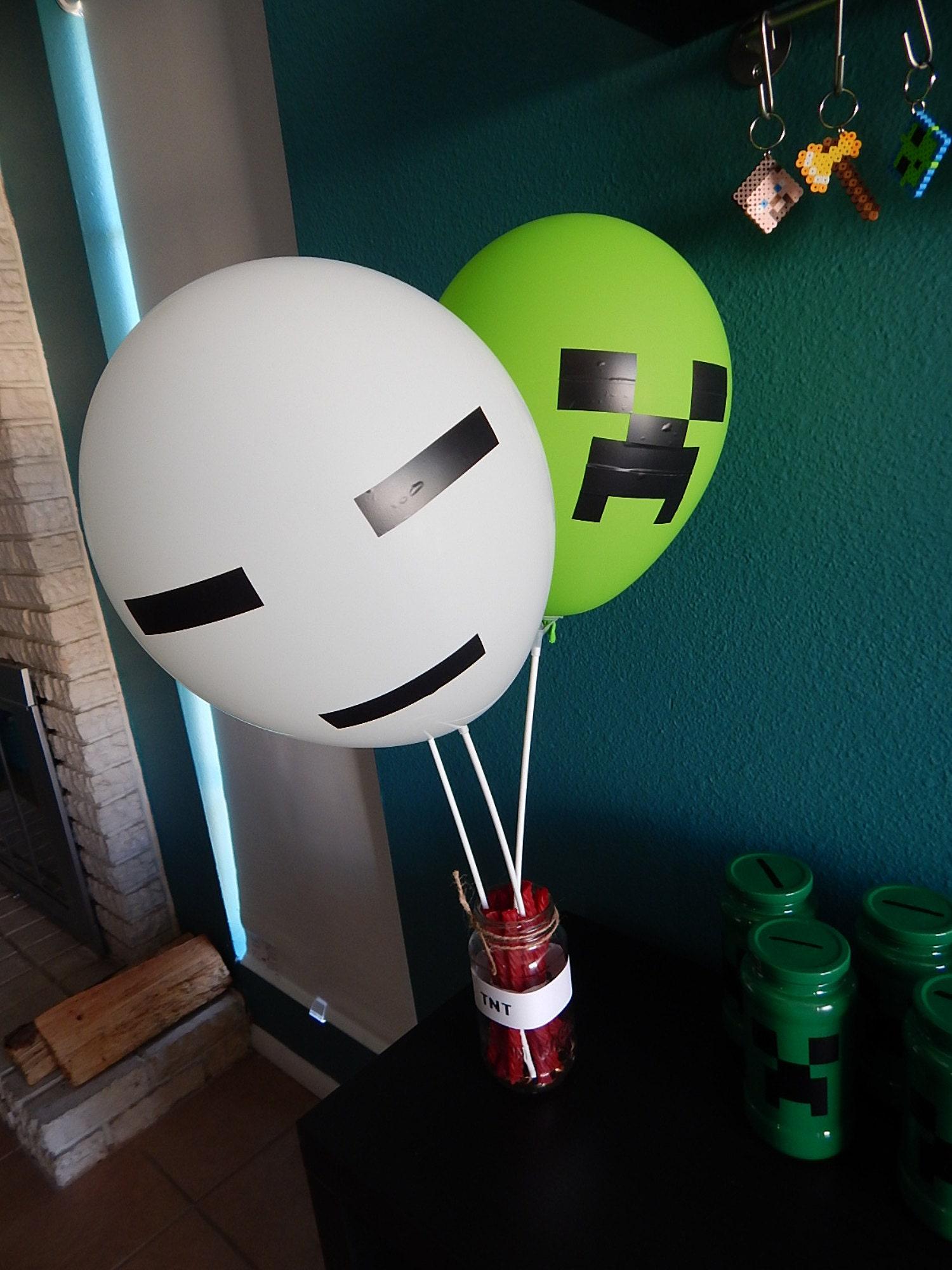 minecraft balloon centerpiece