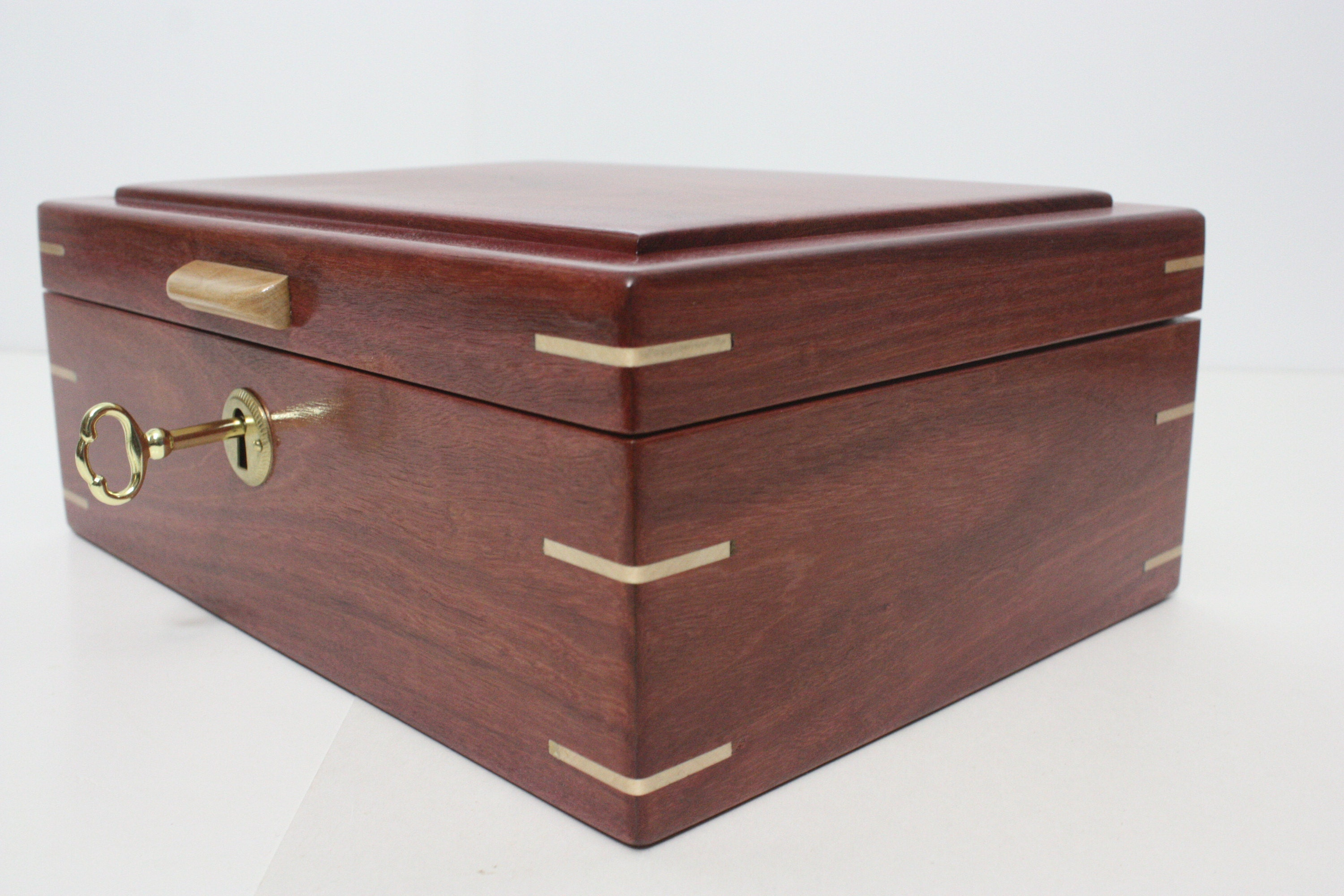 Purple Heart Wood Box with Maple Handle and Corner Splines