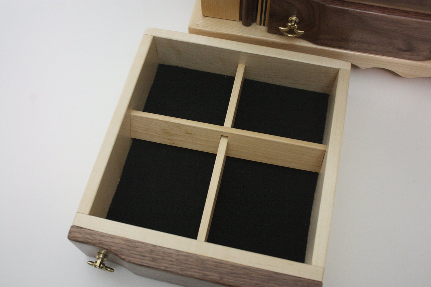 Jewelry Box with Adjustable Dividers For Sale