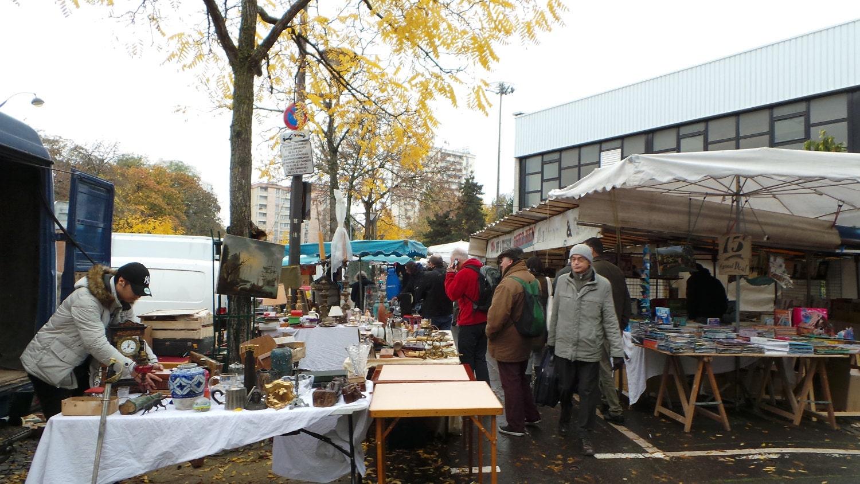 Porte de Vanves flea market in full swing.