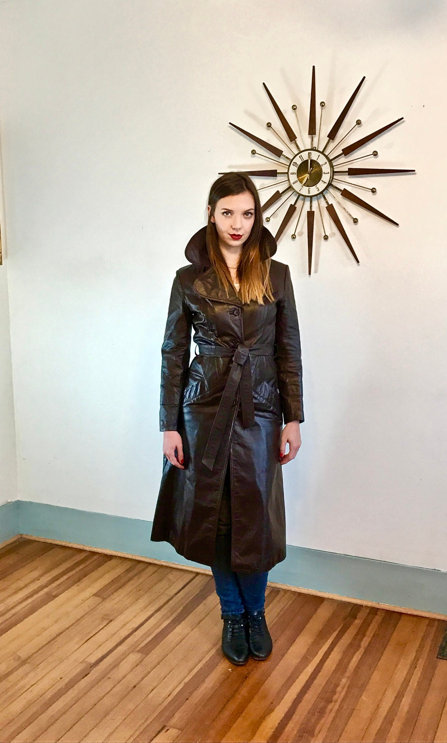 https://www.posiesforluluvintage.com/listing/516329115/vintage-70s-joanna-fine-leathers-trench