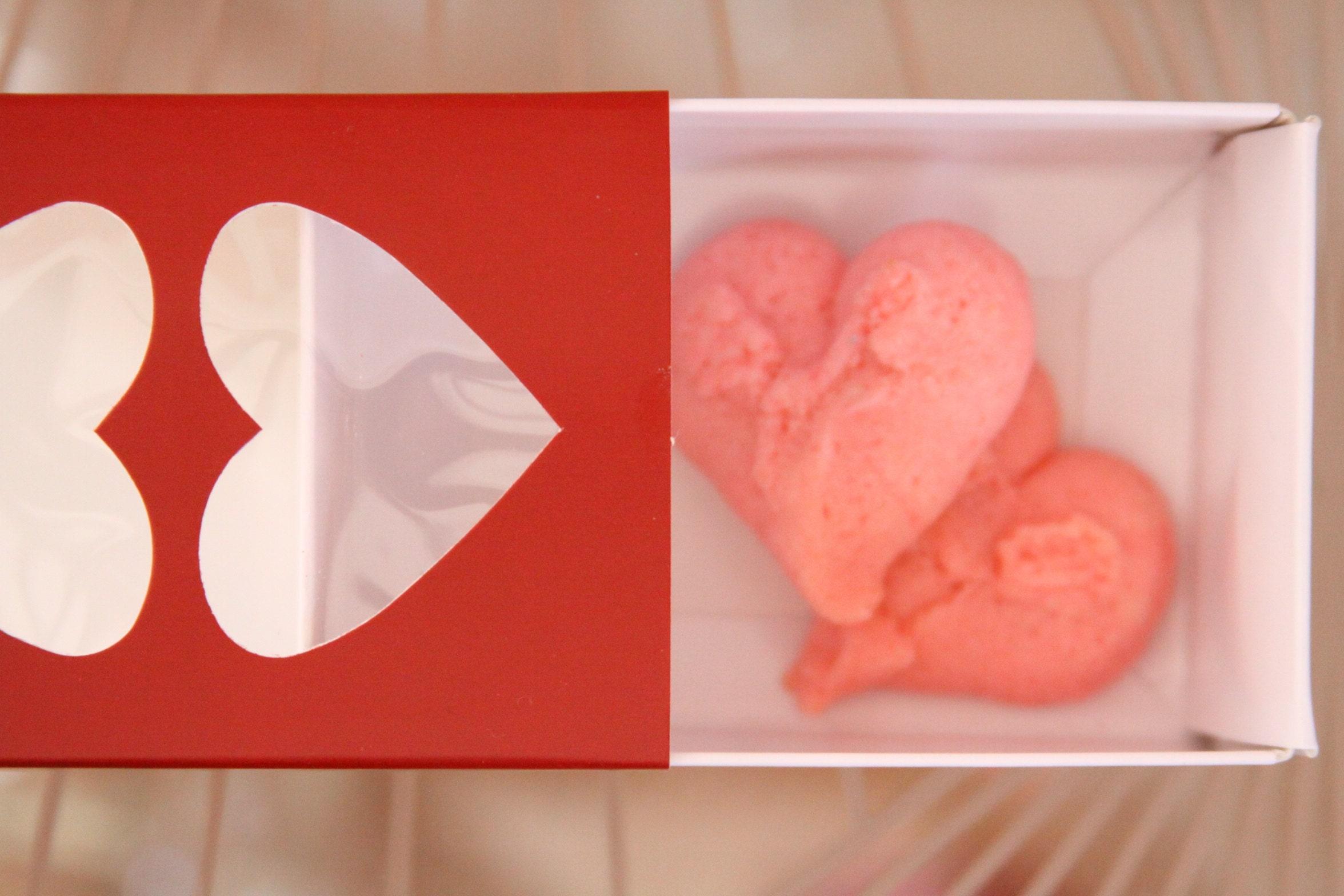 Heart Lid Macaron and Cookie Box