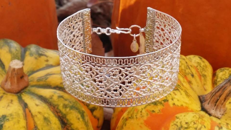 Luscious Silver filigree bracelet.