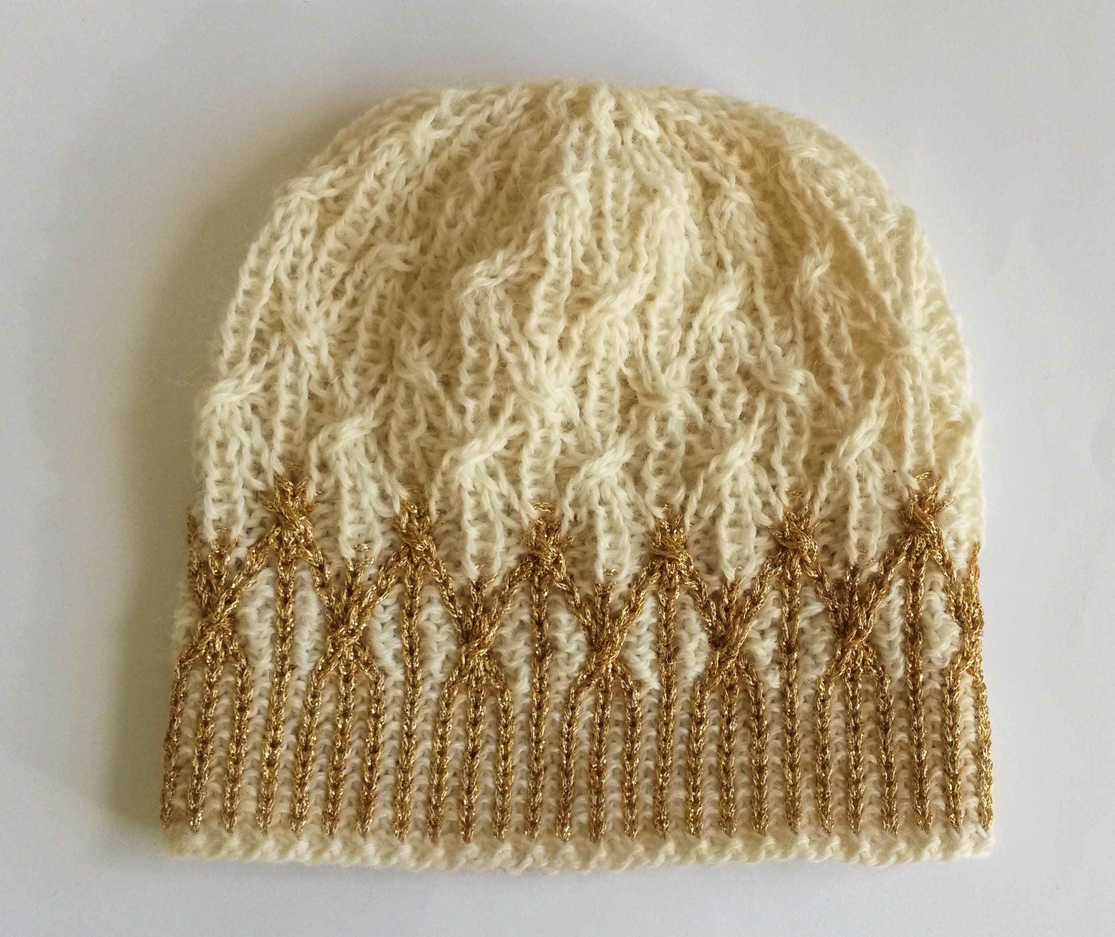 Aran Lattice Beanie in white gold
