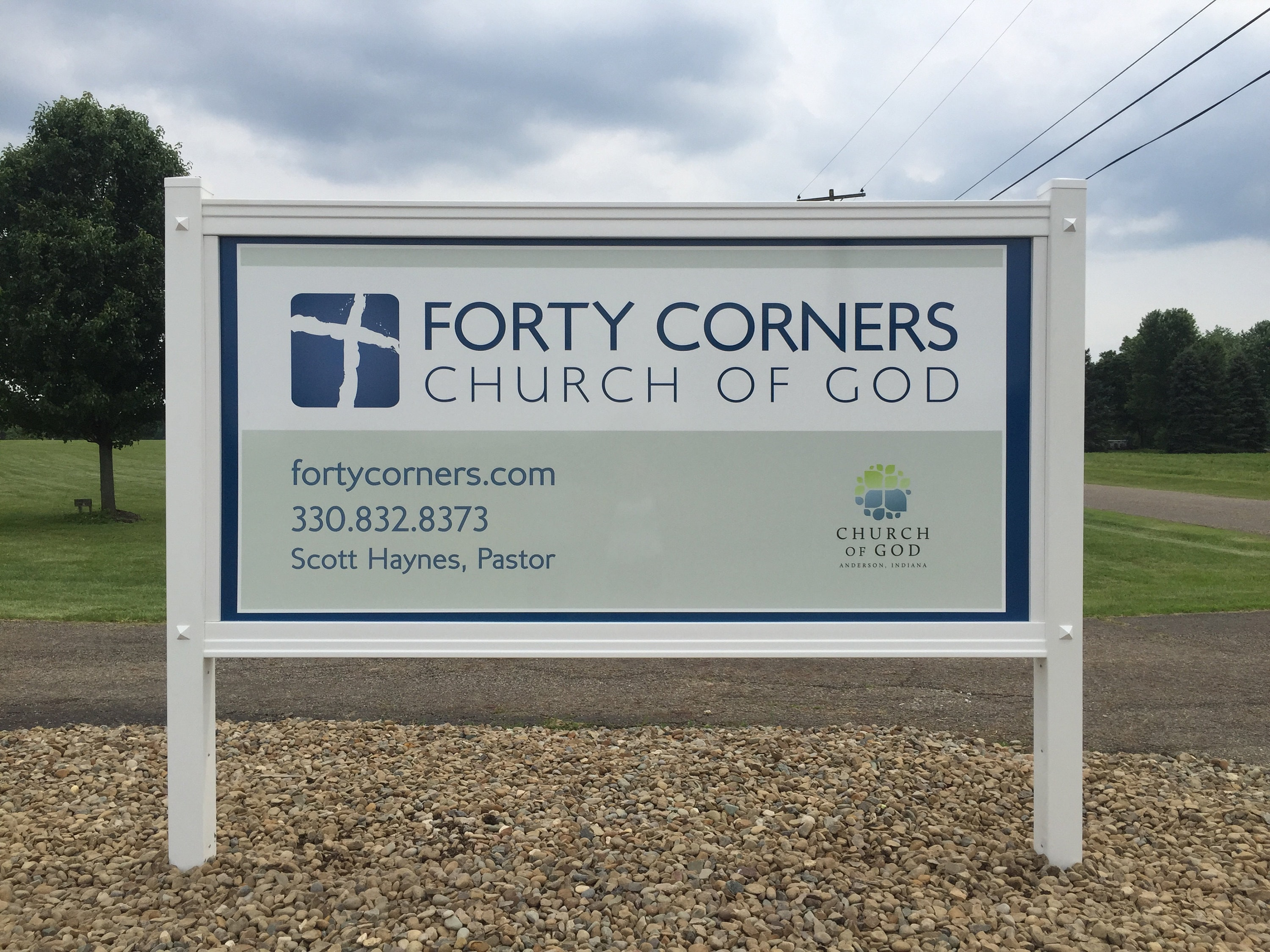 4x8 MaxMetal Sign and Posts for Forty Corners Church of God