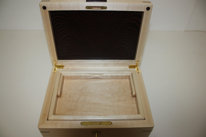 Maple Locking box with Wenge Wood