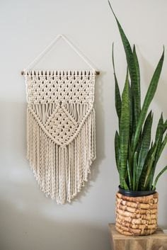 https://placeofmytaste.com/macrame-knots/