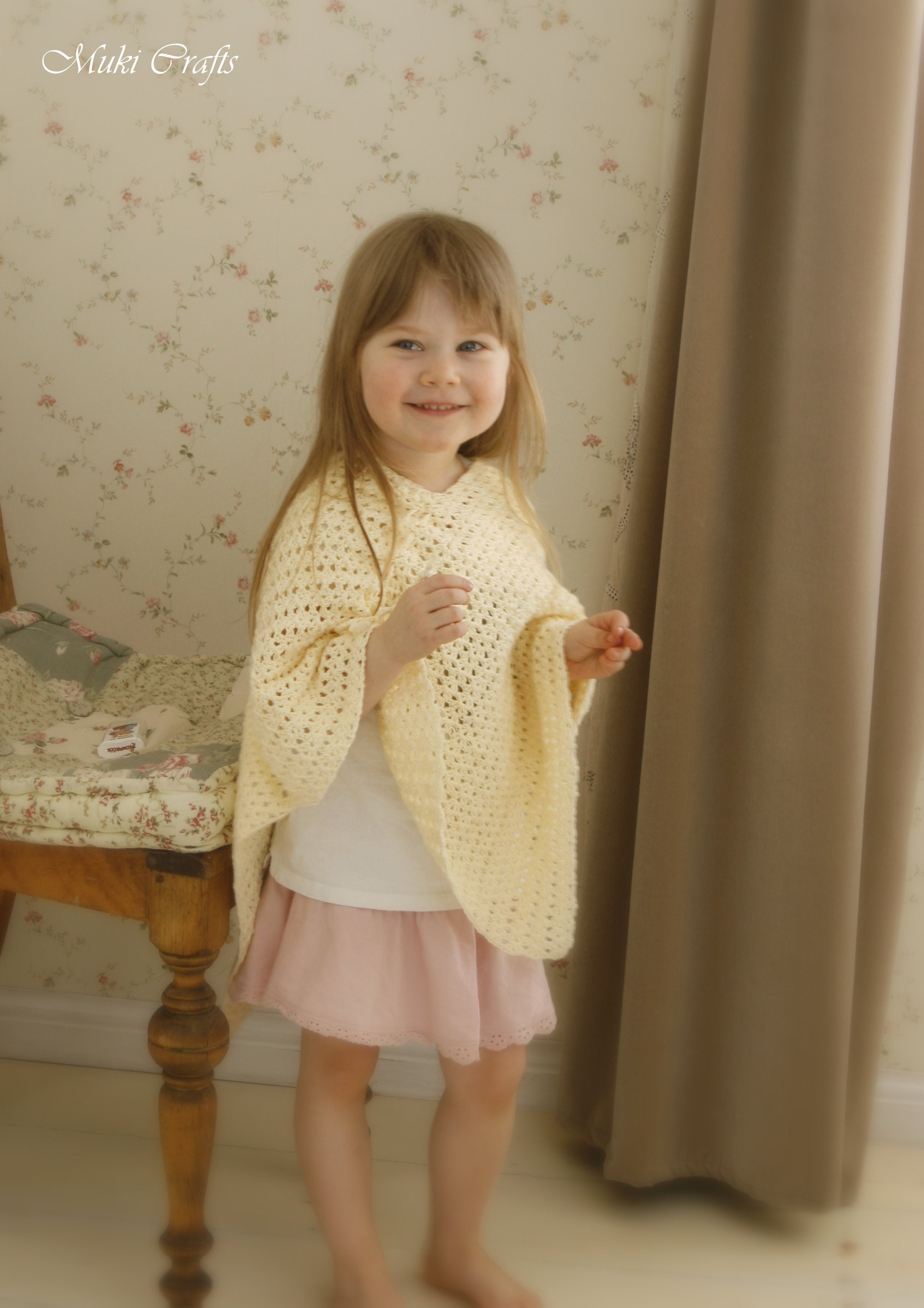 FREE crochet pattern for summer poncho Nora
