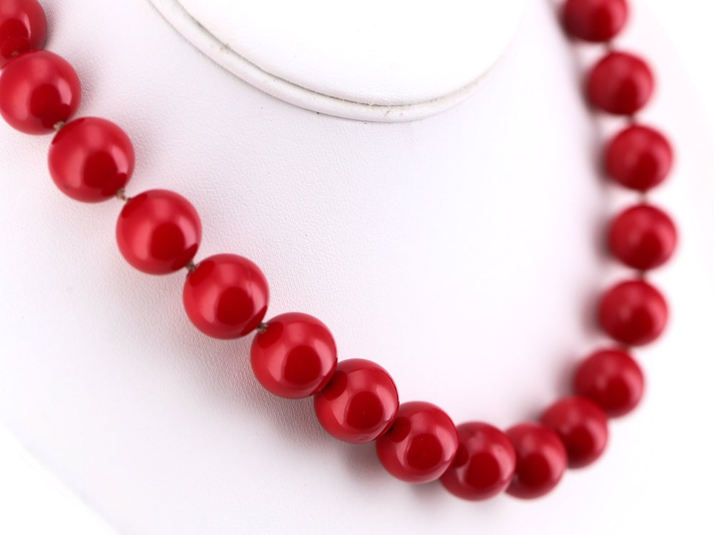 Vintage David Aubrey Red Glass Beaded Choker Necklace