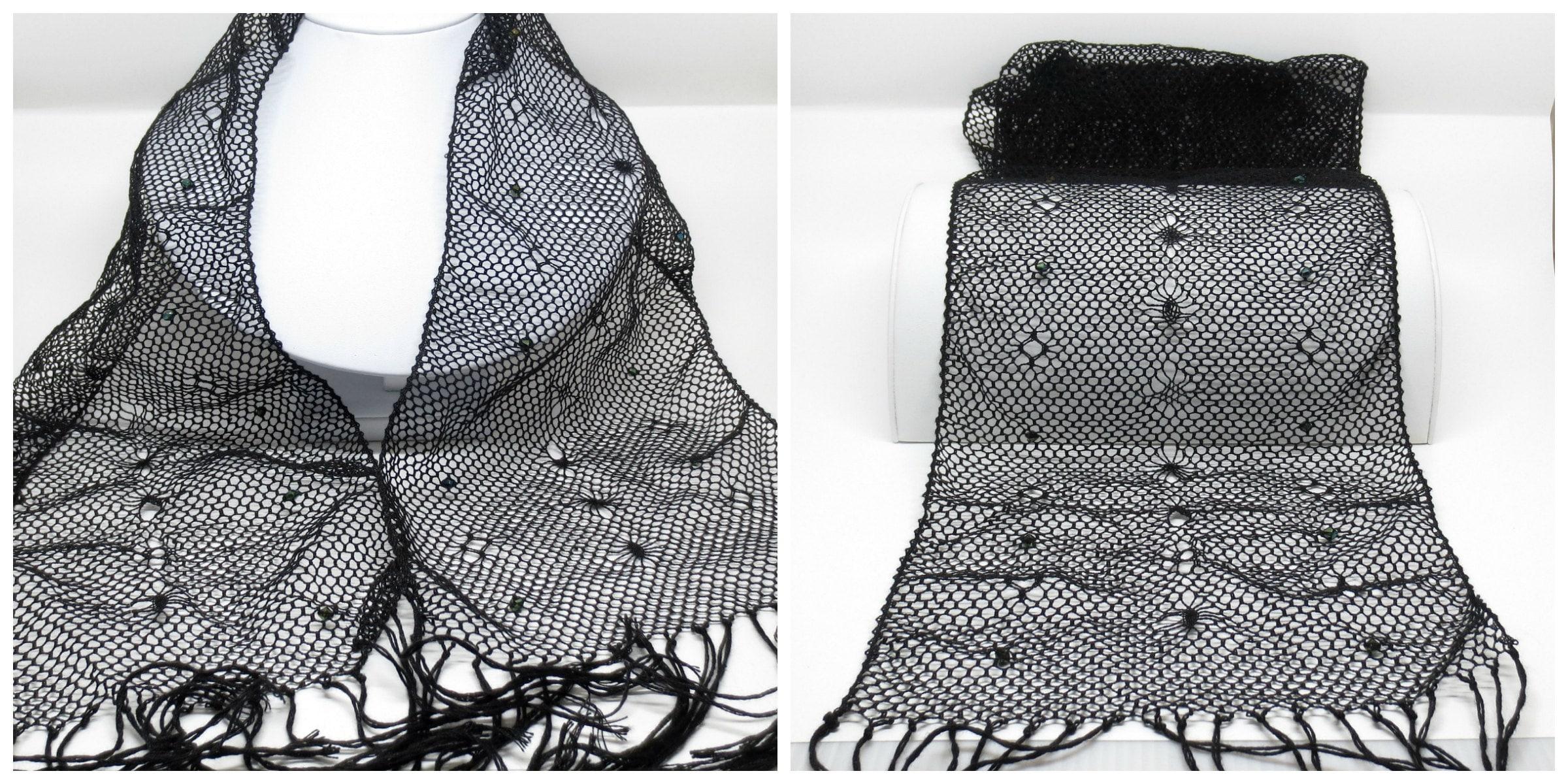 Bobbin lace scarf