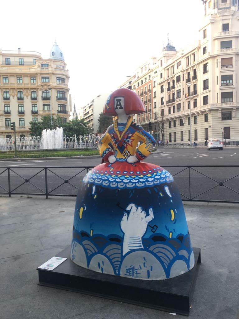 Menina en Madrid, Alonso Martínez