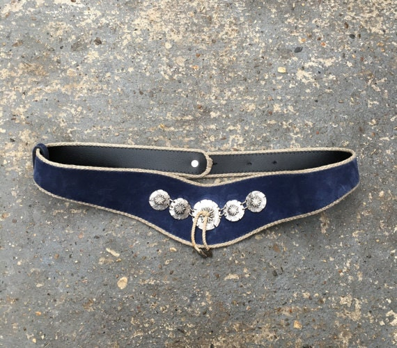 Blue suede vintage belt.