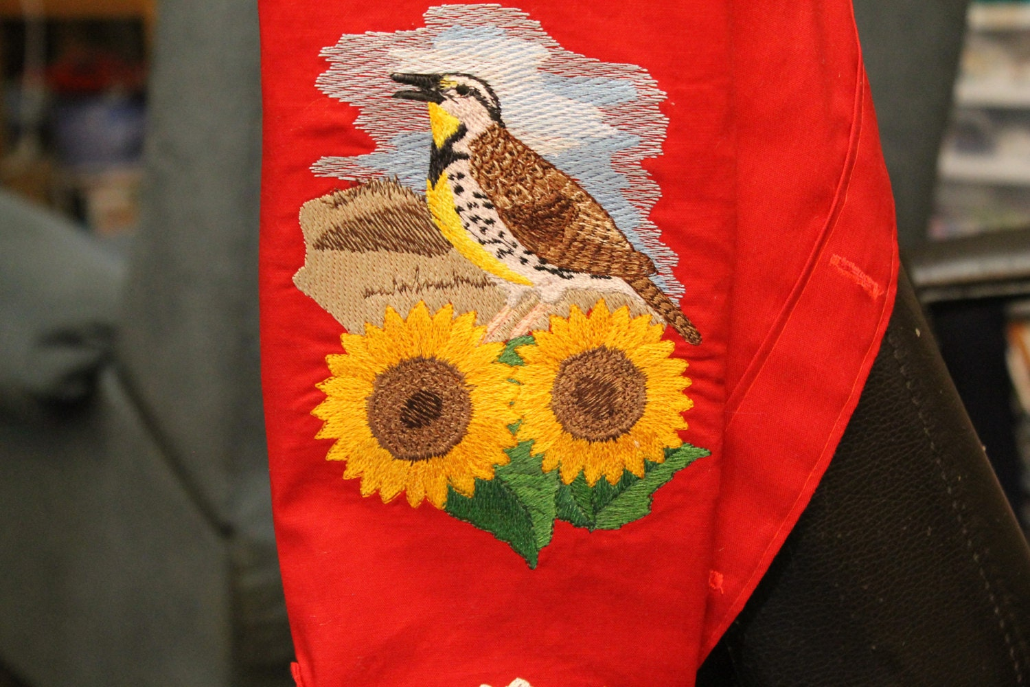 ND state bird(Meadowlark) and sunflowers