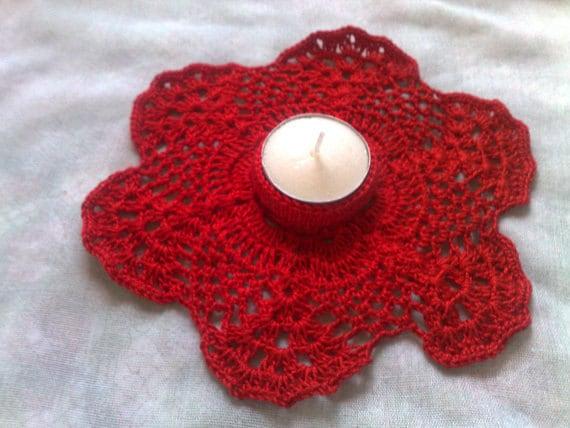 Roter gehäkelter Kerzenhalter ein Geschenk für Thanksgiving