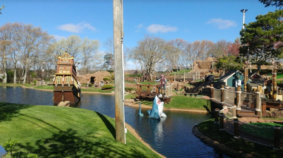 Pirates Cove, Yarmouth, miniature golf
