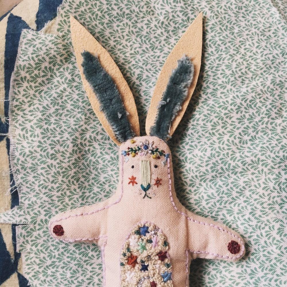 Hand embroidered creatures folk and von meganivygriffiths auf Etsy